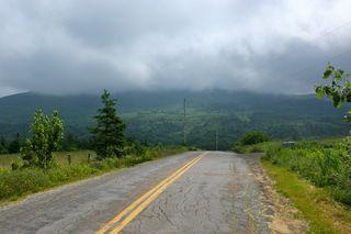 Road w: mountains