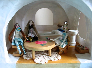 Dollhouse_downstairs_2