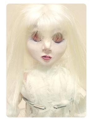 Albino_robinson_2
